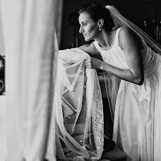 Wedding photographer Magdalena Sobieska (saveadream). Photo of 06.07.2018
