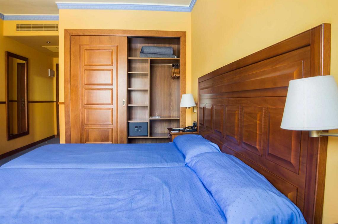 Habitación Triple Hotel Antequera Málaga