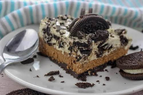 "Oreo No-Bake Chocolate Cheesecake Bars ""Oh, with layers of yumminess, this no-bake..."