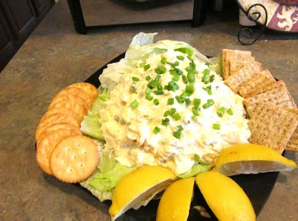 Chunky White Meat Chicken Salad, A Quick And Easy Lunch Idea, Served With Crackers Or On Your Favorite Sliced Bread. I Like A Fresh Squeeze Of Lemon On Mine.