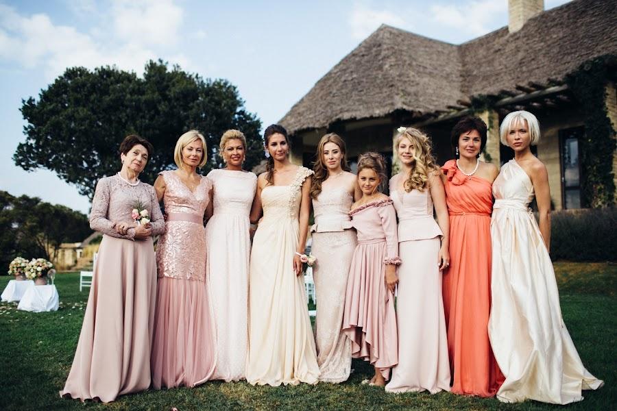 Wedding photographer Vasiliy Tikhomirov (BoraBora). Photo of 14.12.2014