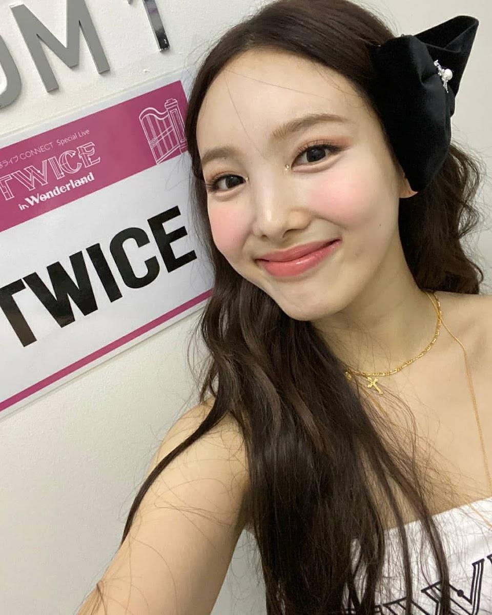 twice nayeon twicetagram