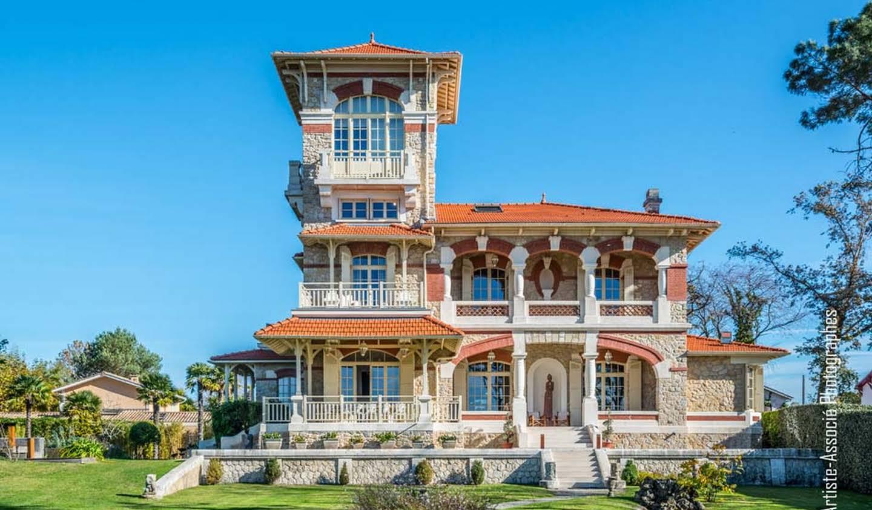 Villa avec piscine en bord de mer Arcachon