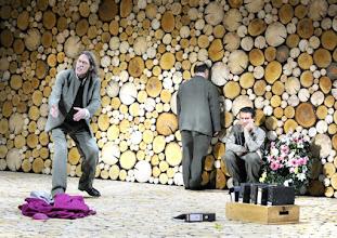 Photo: Wien/ Theater in der Josefstadt: AUSGELÖSCHT von Thomas Bernhard. Premiere: 25.2.2016. Inszenierung: Oliver Reese. , Wolfgang Michael, Udo Samel, Christian Nickel. Copyright: Barbara Zeininger