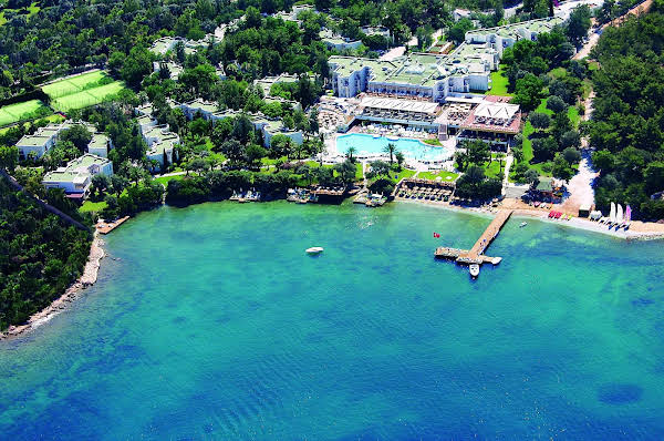 DoubleTree by Hilton Bodrum Isil Club Resort