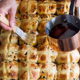 How To Make Hot Cross Buns.