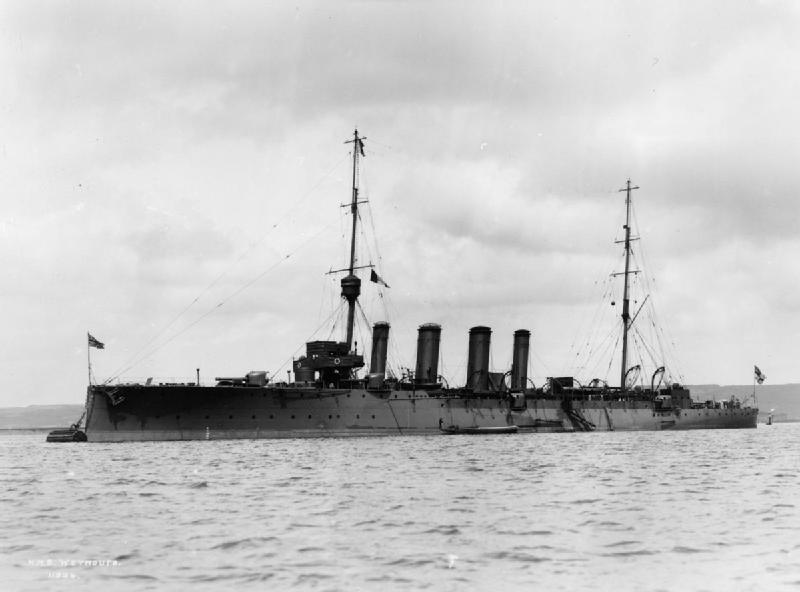 HMS Weymouth (1910).jpg