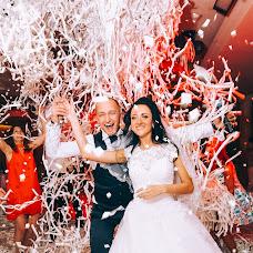 Wedding photographer Roma Akhmedov (aromafotospb). Photo of 14.09.2017