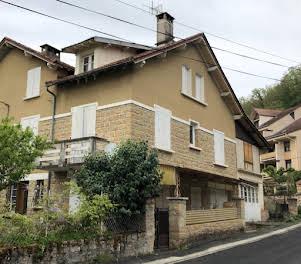Maison 8 pièces 183 m2