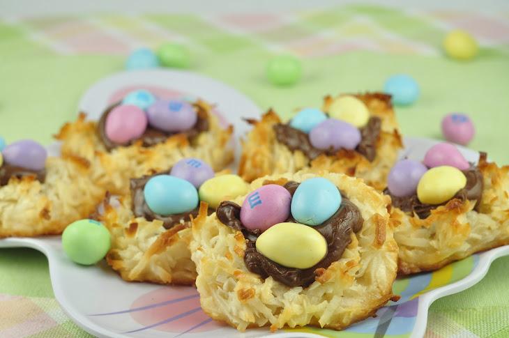 Coconut Macaroon Nutella Nests Rezept | Yummly