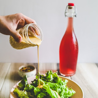 Nutritional Yeast Salad Dressing (Low Oil).