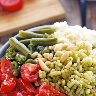 Pesto Rice Salad Bowls with Tomatoes, Green Beans and Feta