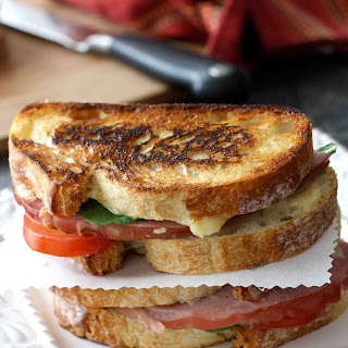 Grilled Cheese Sandwich with Jarlsberg Fondue, Ham & Tomato