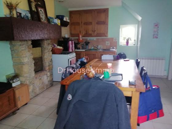 Vente maison 9 pièces 1574 m2