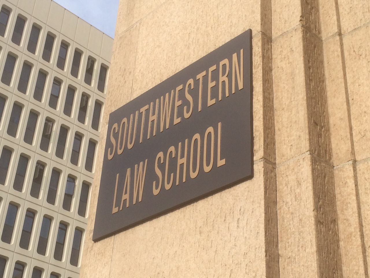 Southwestern-Law-School.jpg