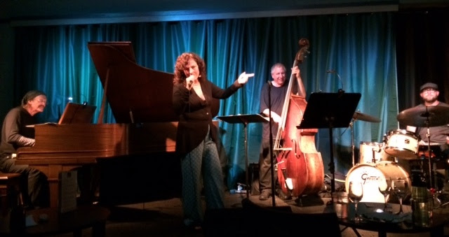 Lisa B (Lisa Bernstein) with Frank Martin, Peter Barshay, and Jeff Marrs at The Sound Room, Oakland, Calif.
