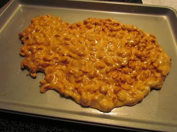 10 Minute Microwave Peanut Brittle Recipe