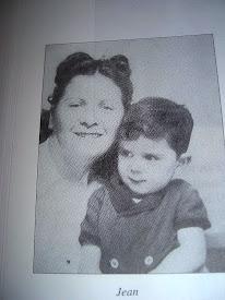 Photo: Gita Bender née Goldstein avec Jean Bender mort à Auschwitz le 5 aout 1944