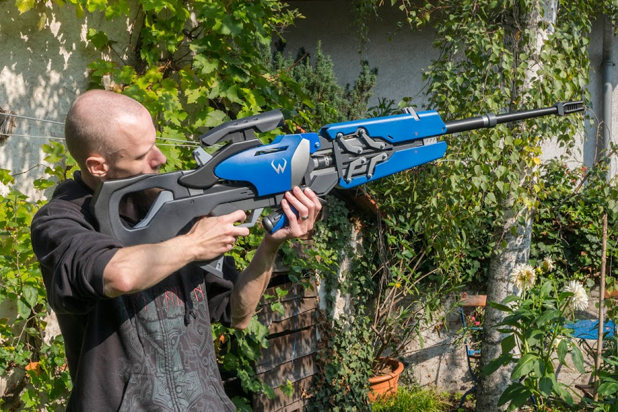A screen-accurate Widowmaker rifle with LEDs and realistic moving parts.
