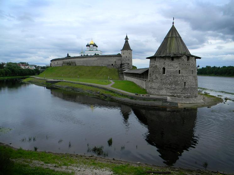 Псковский Кром. Самая красивая крепость средневековой Руси