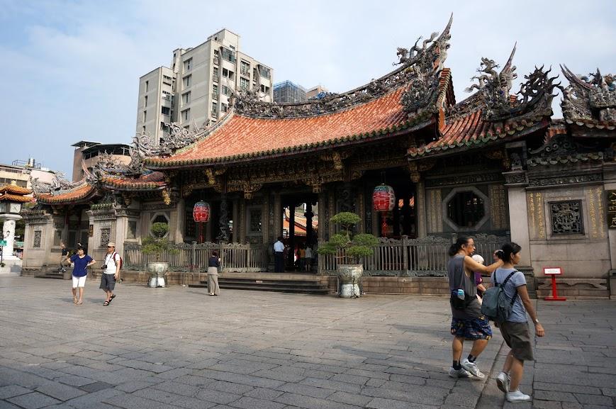Mengjia Longshan Temple (龍山寺)