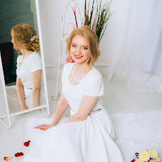 Wedding photographer Khristina Dedyukhina (Khristy). Photo of 20.02.2016