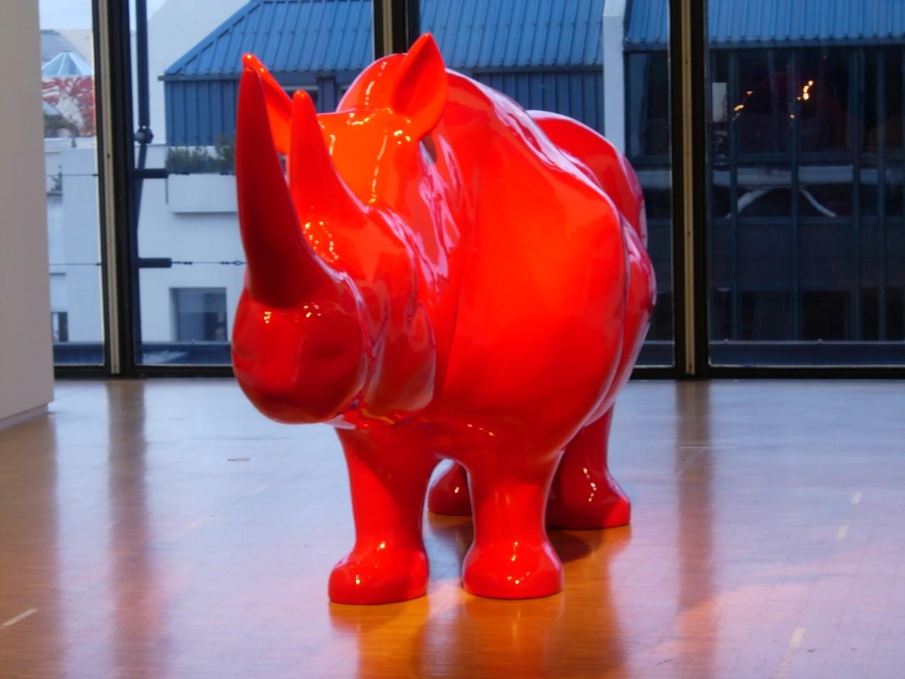 Rhinocéros par Xavier Veilhan au Centre Georges Pompidou à Paris