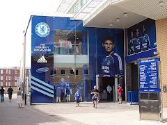 Visiter Chelsea Mega Store