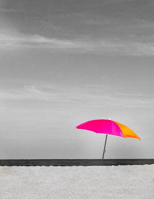 Ombrel...Alone di laura_bazzy_bazzan