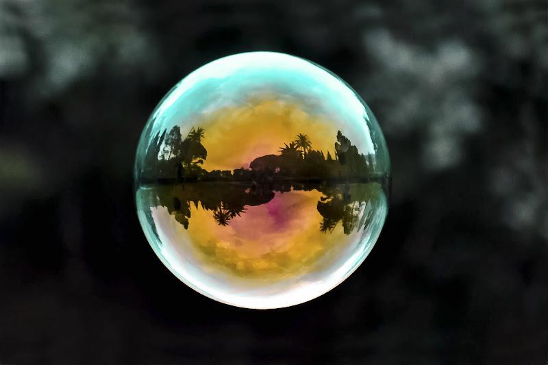 Tutti i colori in una bolla... di sergio_di