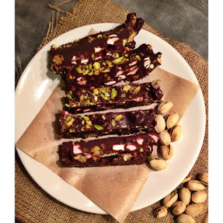 Delicious Salted Pistachio Rocky Road Bars