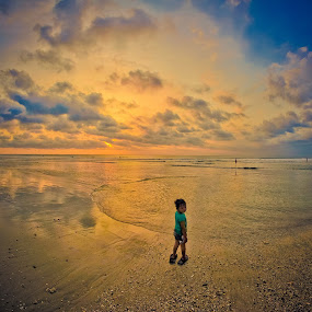 Child on sunset by Makboel Zila Saputro - Babies & Children Toddlers