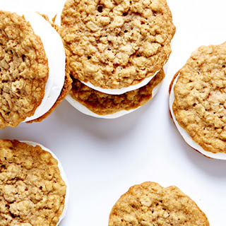 Oatmeal Cookie and Marshmallow Moon Pies