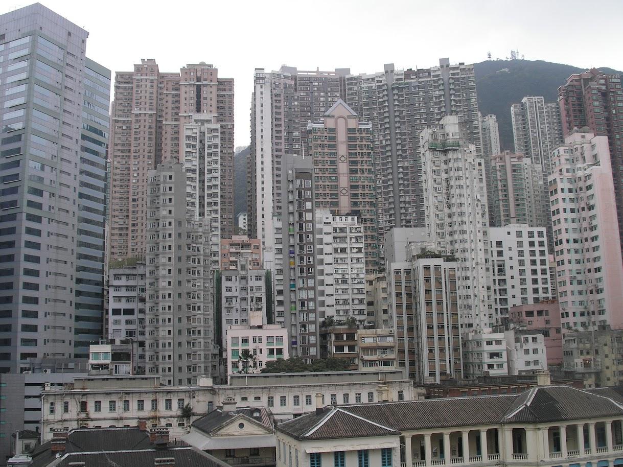 κατοικία,κτίρια πόλεων,υπερπληθυσμός,city building,low quality of life.