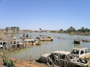 Photo: AYOKU EL ATROKS - ostatnia miejscowość w Mauretanii - jeziorko