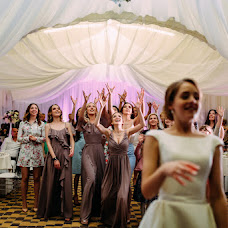 Wedding photographer Maksim Kryuk (konovalenkohook). Photo of 22.06.2017