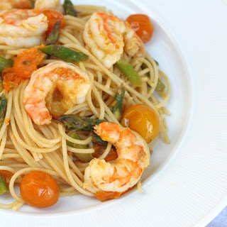 Shrimp, Asparagus & Heirloom Tomato Ginger Scampi