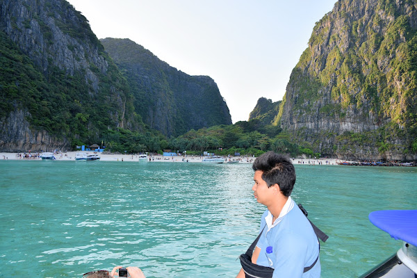 Stop at Maya Beach (only during high season)