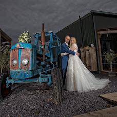 Wedding photographer Carl Dewhurst (dewhurst). Photo of 24.09.2018