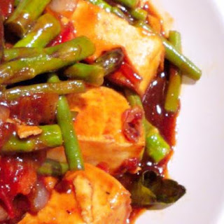 Thai Style Tofu With Asparagus and Green Beans