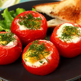 Eggs In Tomatoes