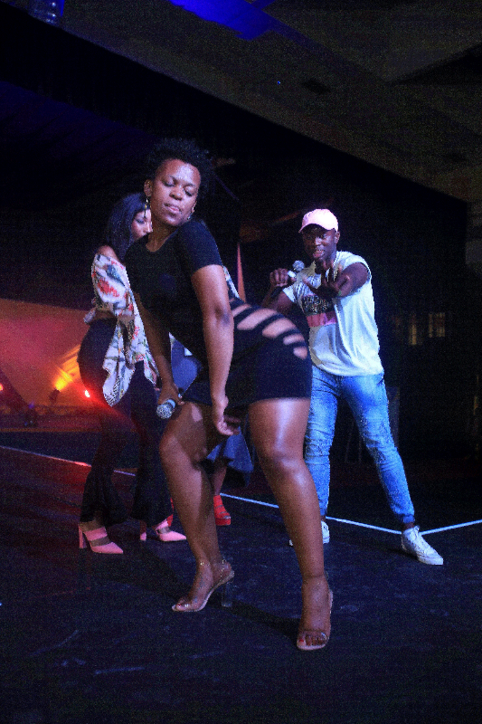 Controversial socialite and entertainer Zodwa Wabantu dresses to provoke as she makes her money doing her thing on the stages that pay for her performance or just an appearance. Image: SINO MAJANGAZA