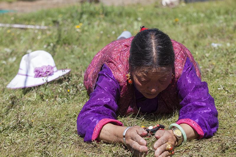 http://religionnews.com/wp-content/uploads/2017/07/webRNS-TIBETAN-PRAYER15-072017.jpg