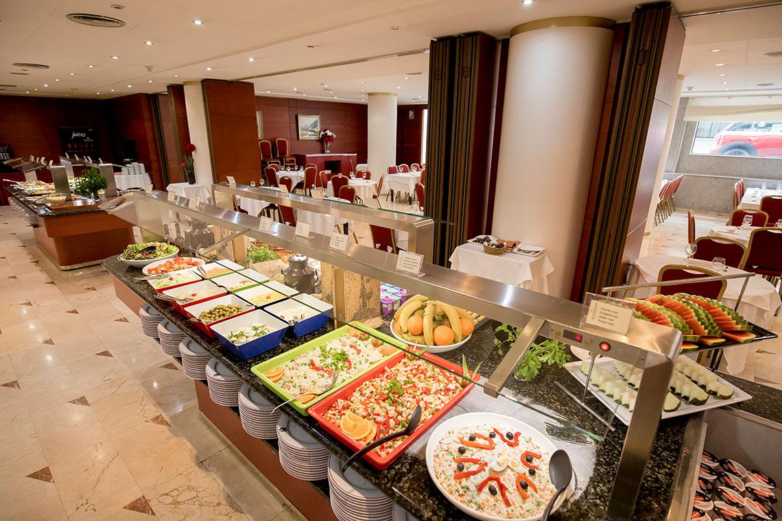 Restaurant buffet Tulip Inn Andorra Delfos Andorra 4*