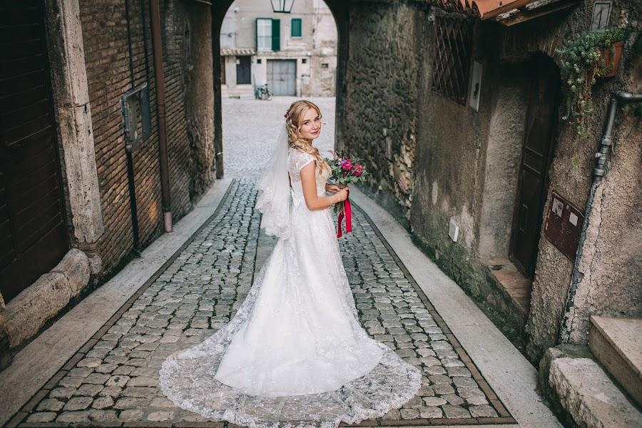 Bröllopsfotograf Roman Pervak (Pervak). Foto av 29.12.2015