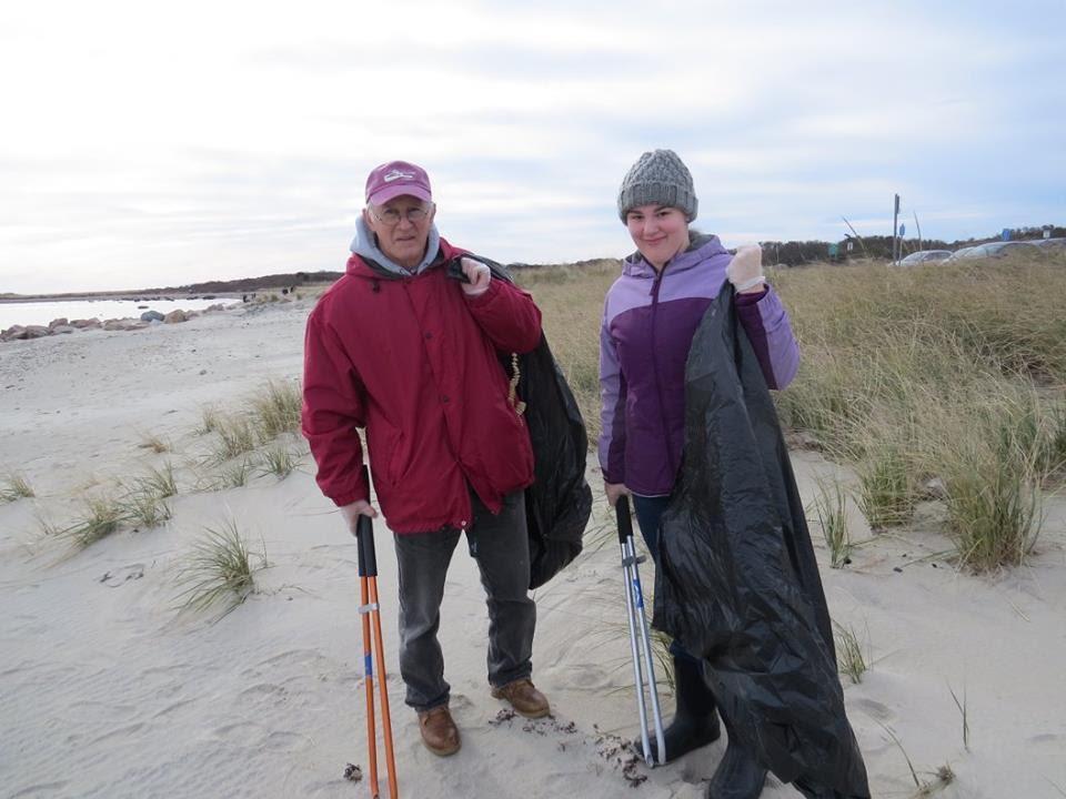 U:\WRWA Beach Cleanup Nov 18 2017\23658896_1540808645988418_4942352961125275657_n.jpg
