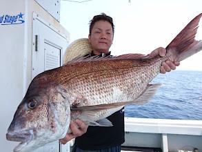 Photo: ど、どひゃー! 84cm、7kgオーバーのドデカ真鯛! おめでとうございます!