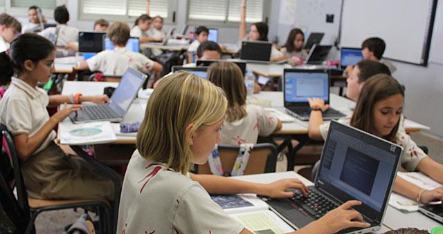 http://estaticos.elmundo.es/elmundo/imagenes/2012/03/21/valencia/1332331385_0.jpg