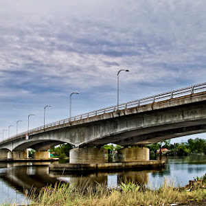 bridge-1600pxl.jpg