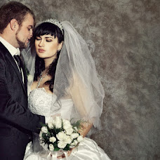 Wedding photographer Olesya Mugu (gugi). Photo of 16.12.2012